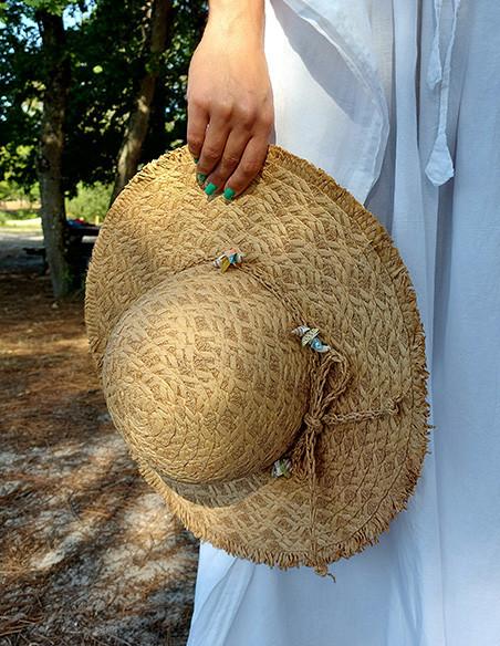 Headdress (hat, bonnet, cap)